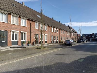Jonathan 52 in Hardinxveld-Giessendam 3371 NC