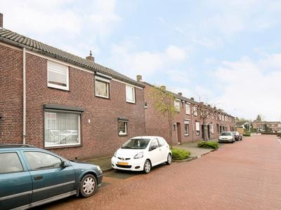 Prinses Beatrixstraat 19 in Roermond 6043 BK