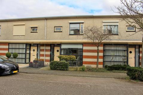 Schout Van Hekerenstraat 27 in 'S-Hertogenbosch 5237 SB