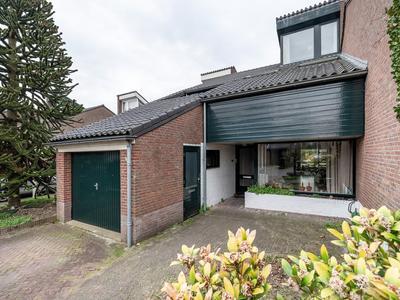 Bijenmeent 131 in Hilversum 1218 GK