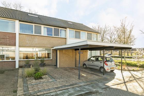 Spoetnikstraat 12 in Helmond 5702 TG