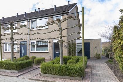 Van Vlaanderenstraat 29 in Klundert 4791 ER