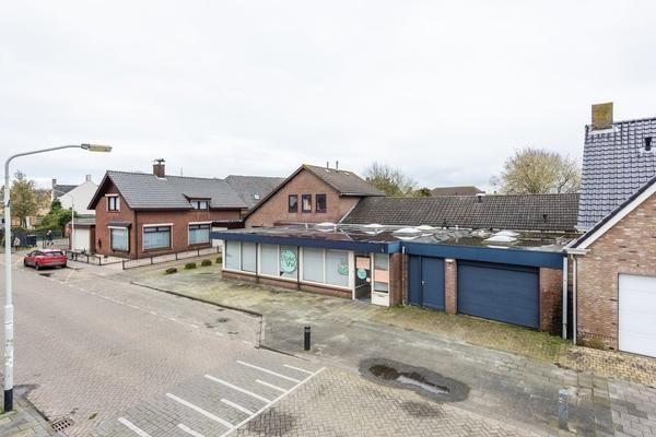 Bovenstraat 5 in Hoeven 4741 AS
