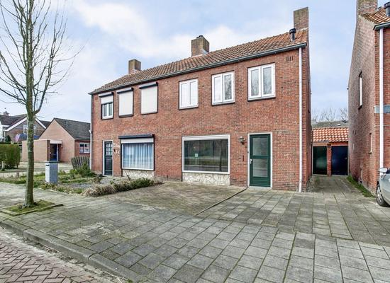 Hengstdijkse Kerkstraat 5 B in Hengstdijk 4585 AA