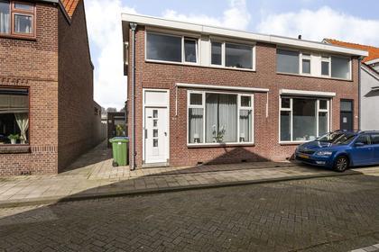 Vlielanderstraat 31 in Pernis Rotterdam 3195 VM