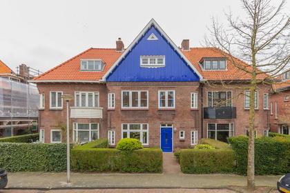 Lucas Van Leijdenlaan 10 in Heemstede 2102 AZ
