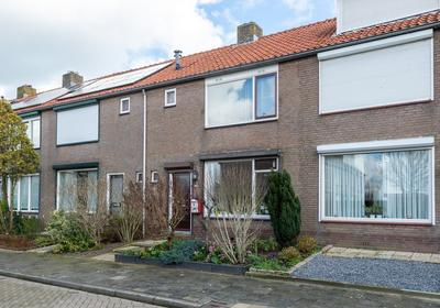 Kievitstraat 11 in Bleskensgraaf Ca 2971 AM