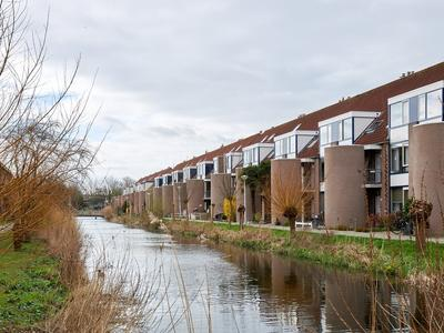 Nettelhorst 24 in Alphen Aan Den Rijn 2402 LS