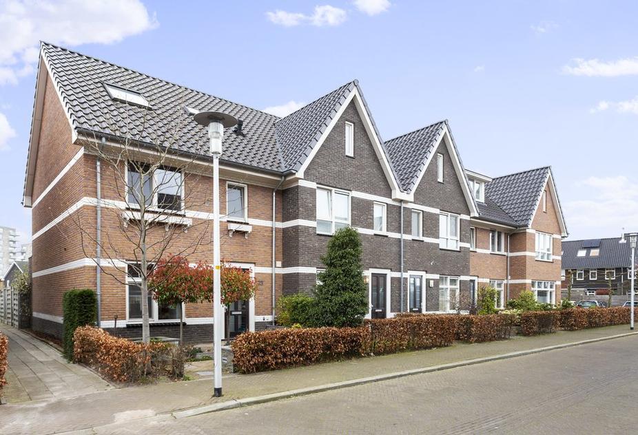 Dagpauwoog 23 in Apeldoorn 7323 RR