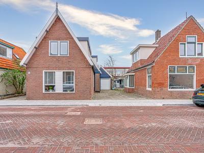 Oosterstraat 62 in Noord-Scharwoude 1723 WK
