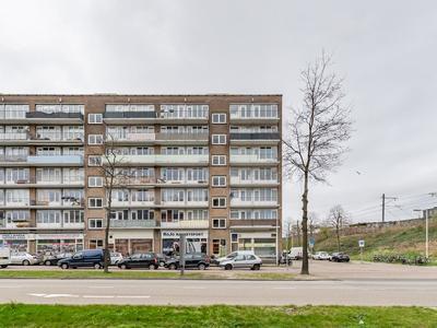 Burgemeester Roellstraat 6 -6 in Amsterdam 1064 BM