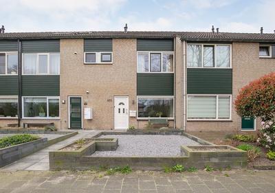 Poortersveld 221 in Apeldoorn 7327 AJ