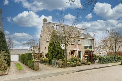 Doude Van Troostwijkstraat 35 in Abcoude 1391 EP