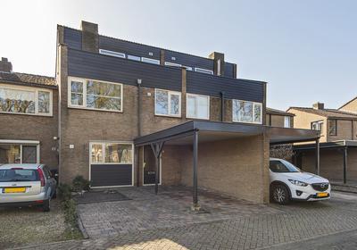 Akkerwindelaan 2 in Leerdam 4143 CR