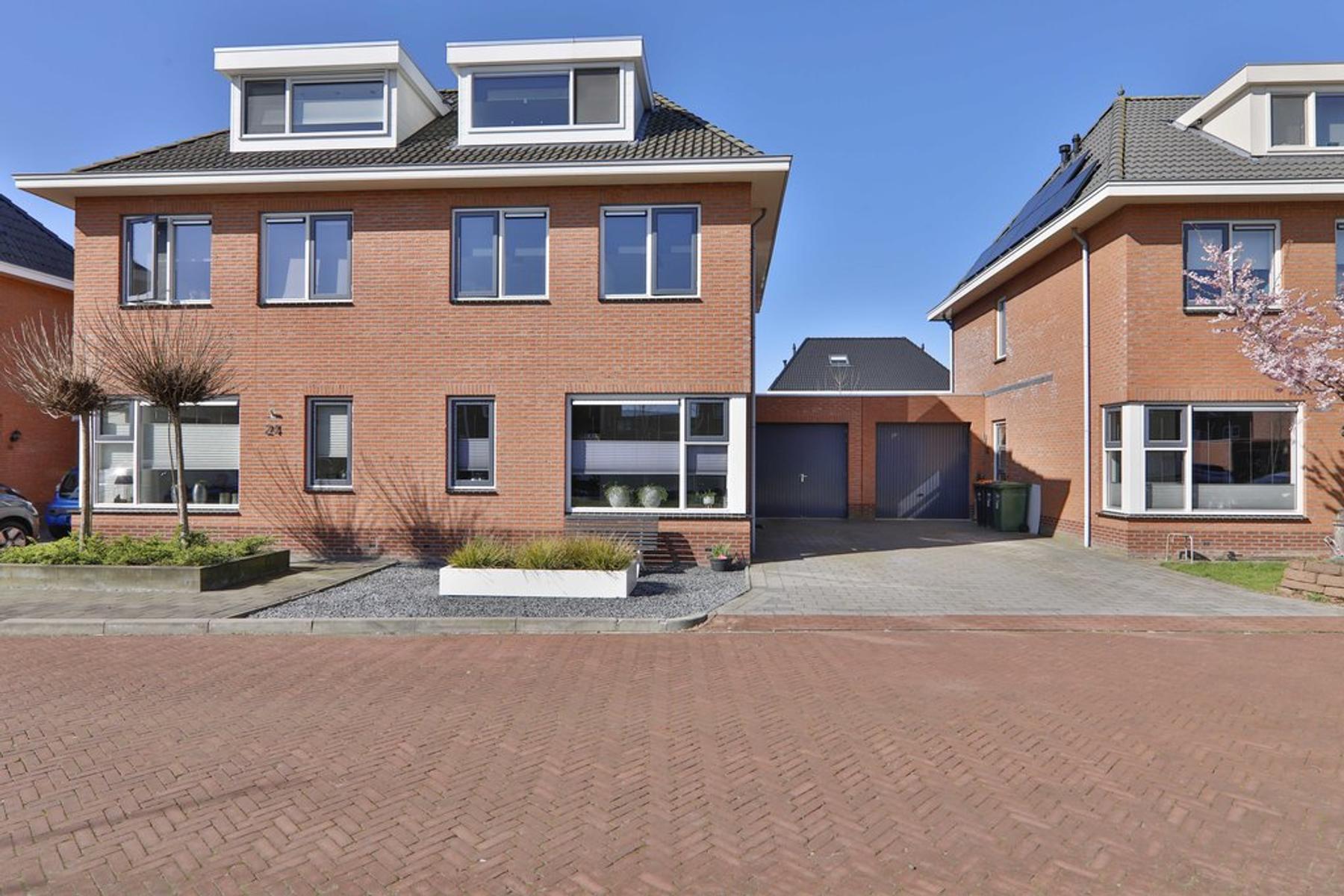 Sleedoornpage 22 in Hoogeveen 7908 XX