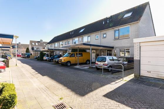 Waterweegbree 2 in Velserbroek 1991 GV