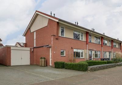 Schuilenburg 100 in Raalte 8103 RD