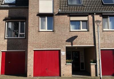 Dokter Aletta Jacobsstraat 27 in Venlo 5911 DC