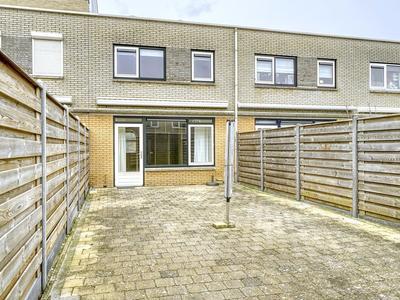 Loogkruid 21 in Katwijk 2224 GN