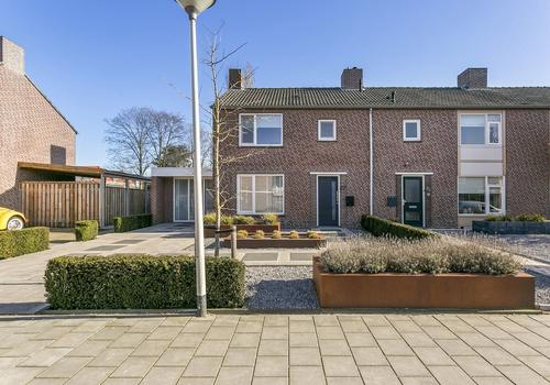 Sint Hubertusstraat 27 in Liessel 5757 BP