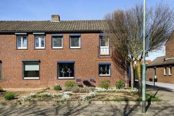 Sint Antoniusstraat 18 in Beesel 5954 NB