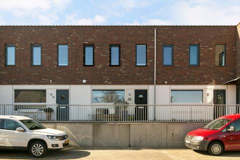 Puntkroos 55 in Zwolle 8043 NV