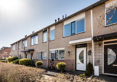 Rendierstraat 13 in Almere 1338 KH