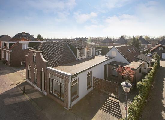 Dorpsstraat 106 108 in Benthuizen 2731 AS