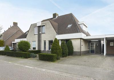 Looiershof 11 in Esch 5296 NS