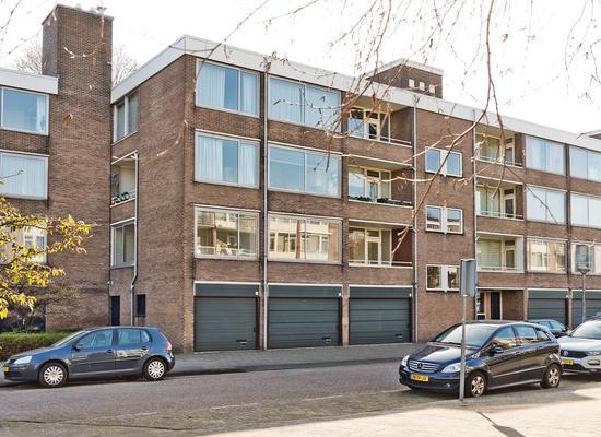 Gijsbrecht Van IJselsteinstraat 17 in Amsterdam 1082 KE