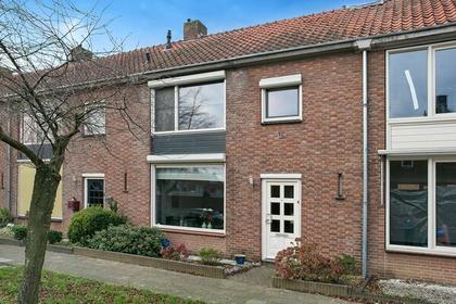 Lindehoutstraat 8 in Helmond 5706 VX