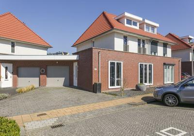 Directeur Petersstraat 37 in Kerkrade 6461 TT