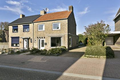 Coelgroevenstraat 14 in Eygelshoven 6471 AW