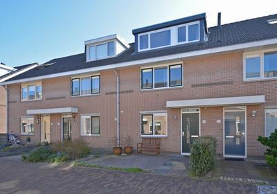 Braziliestraat 41 in Alphen Aan Den Rijn 2408 MC