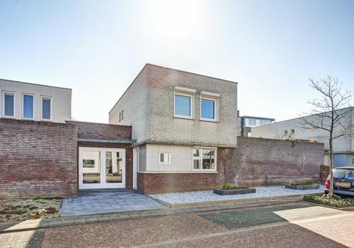 Konrad Adenauerstraat 33 in Herten 6049 HT
