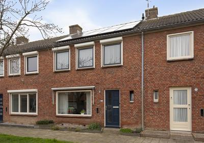 Margrietstraat 11 in Oost-Souburg 4388 KX