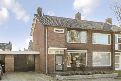 Ds. Van Heusdenstraat 4 in Hilvarenbeek 5081 VK