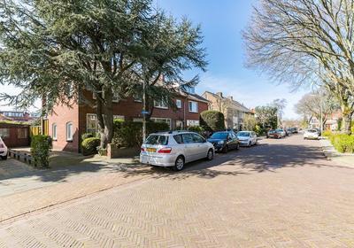 Kerkweg 103 in Santpoort-Noord 2071 NC
