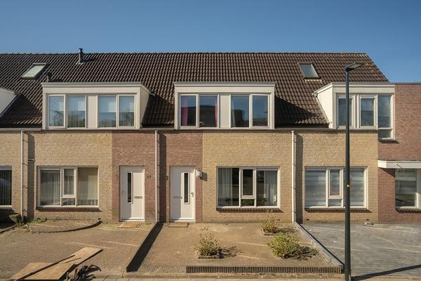 Fitislaan 49 in Apeldoorn 7331 VJ