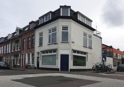 Brouwersplein 1 in Haarlem 2013 PE