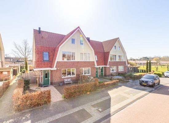 Vlinderslag 52 in Oostvoorne 3233 GX