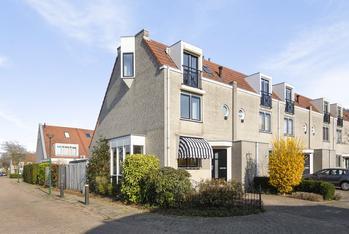 Ooievaarsbek 16 in Breukelen 3621 TG