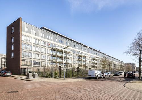 Lederambachtstraat 48 in Amsterdam 1069 HK