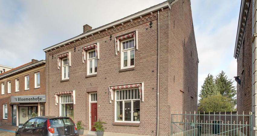 Dorpstraat 21 in Maasbree 5993 AL