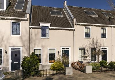 Iekendonksevoort 15 in Helmond 5706 HH