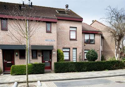 Q.A. Nederpelstraat 254 . in 'S-Gravenhage 2552 HH