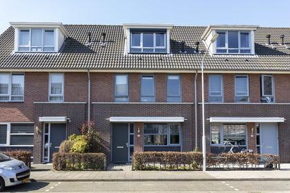 Televisiestraat 77 in Roosendaal 4702 PT