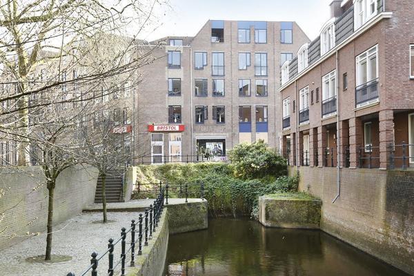 Pastoor De Kroonstraat 92 in 'S-Hertogenbosch 5211 SR