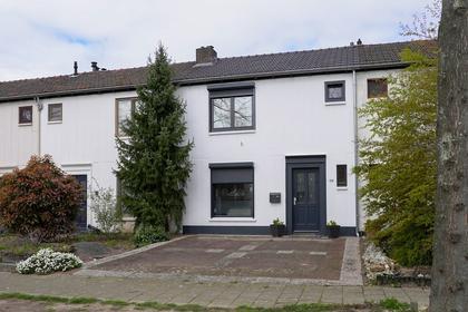 Dr. Schaepmanstraat 19 in Geleen 6162 XL