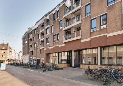 Kruisherenstraat 107 in Roermond 6041 HK